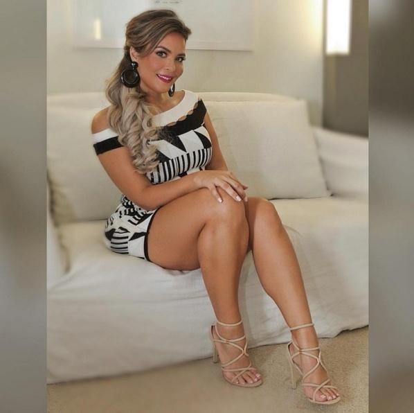 Secretaria gostosa brasileira are