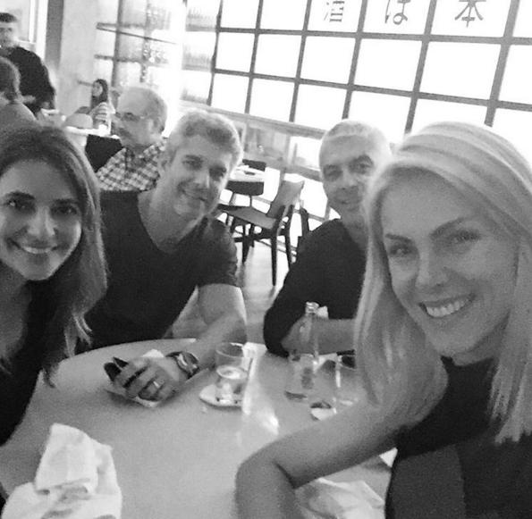Giovana Oliveira, Guto Correa, Alexandre Correa e Ana Hickmann - Reprodução  Instagram 02adcf9e0a