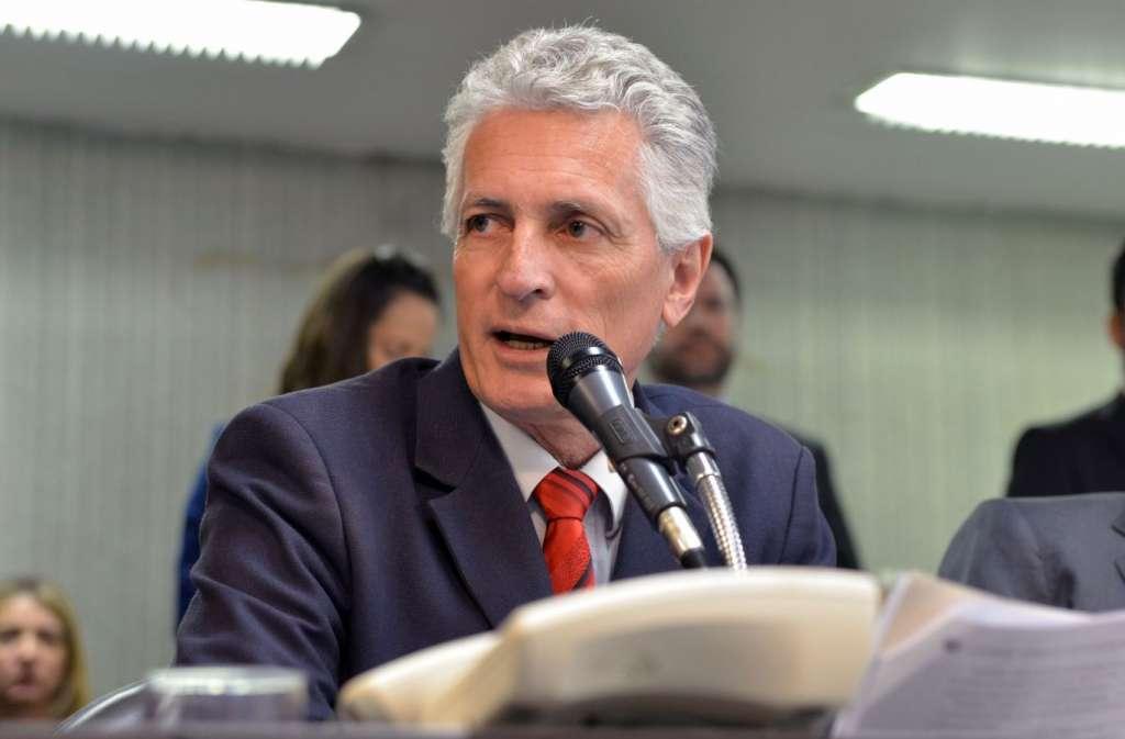 Parecer pela não abertura de processo contra Pimentel foi emitido pelo relator, deputado Rogério Correia (PT) (Flávia Bernando/ALMG)