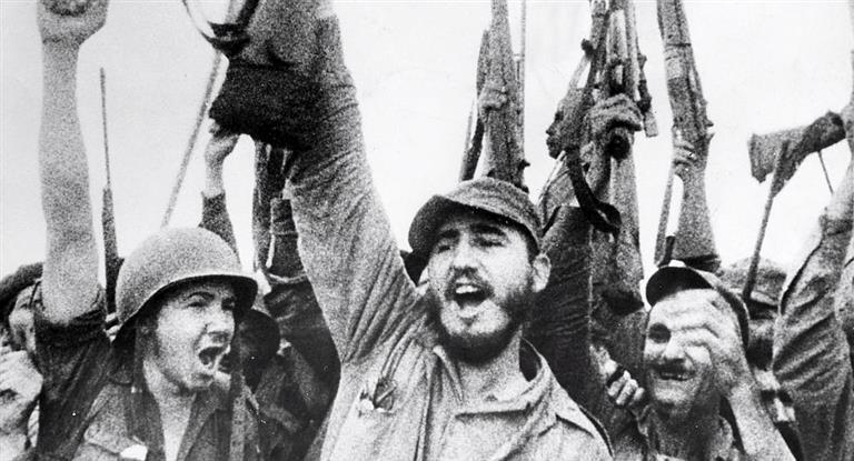 Vitória da Revolução, com o comando de Fidel Castro (Reprodução: http://www.ambito.com/863849-las-fechas-mas-importantes-de-la-vida-de-fidel-castro)