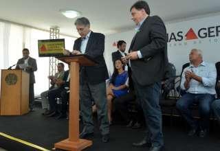Pimentel libera R$ 26 milhões