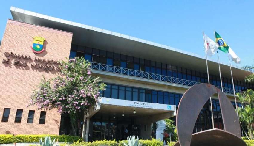 Sai edital do concurso da Câmara de Belo Horizonte para 102 vagas