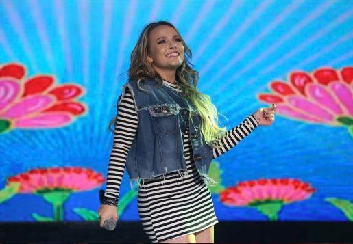 Cantora teen Larissa Manoela faz show no final do mês em BH b52d70fca4