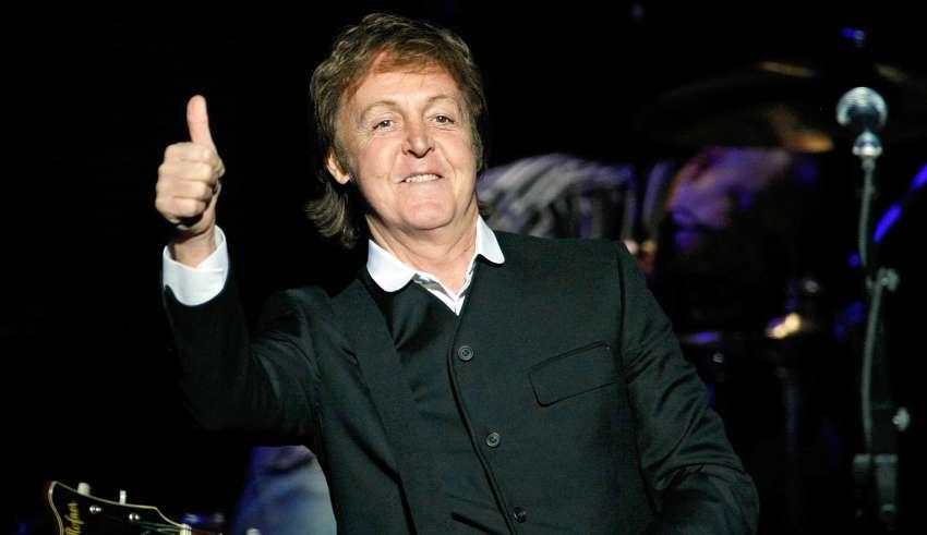 Paul McCartney manda recado aos fãs brasileiros