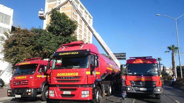 Incêndio destrói loja de equipamentos de segurança no Barro Preto