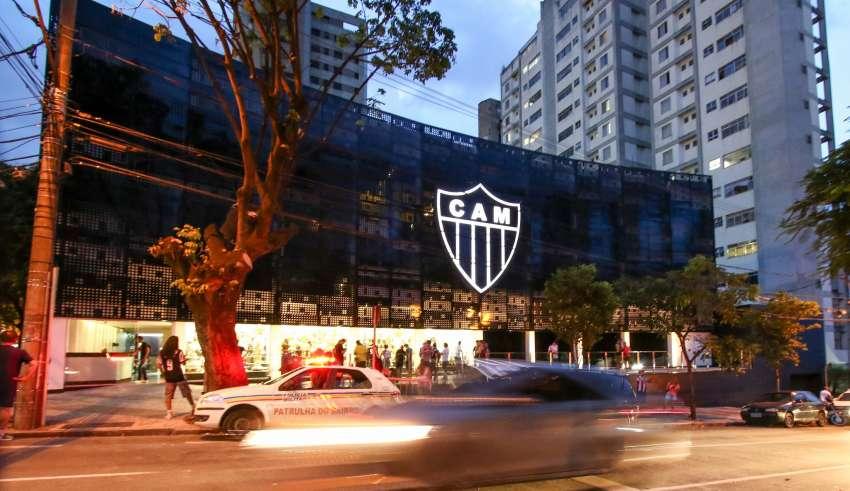 Sede do Atlético divida