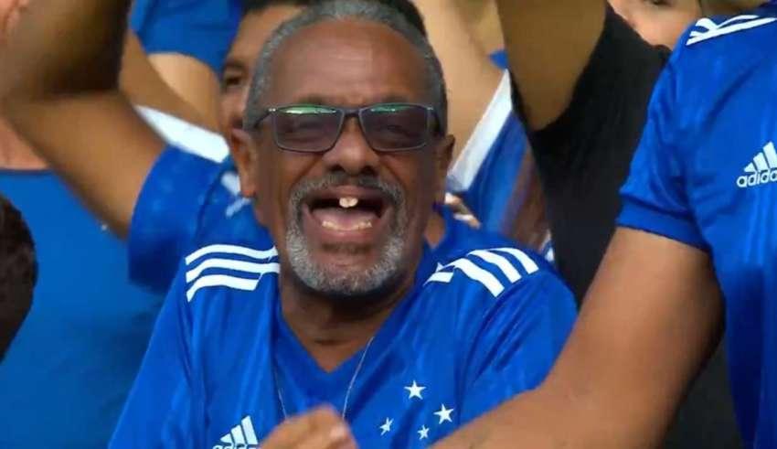 torcedor cruzeirense sem dente