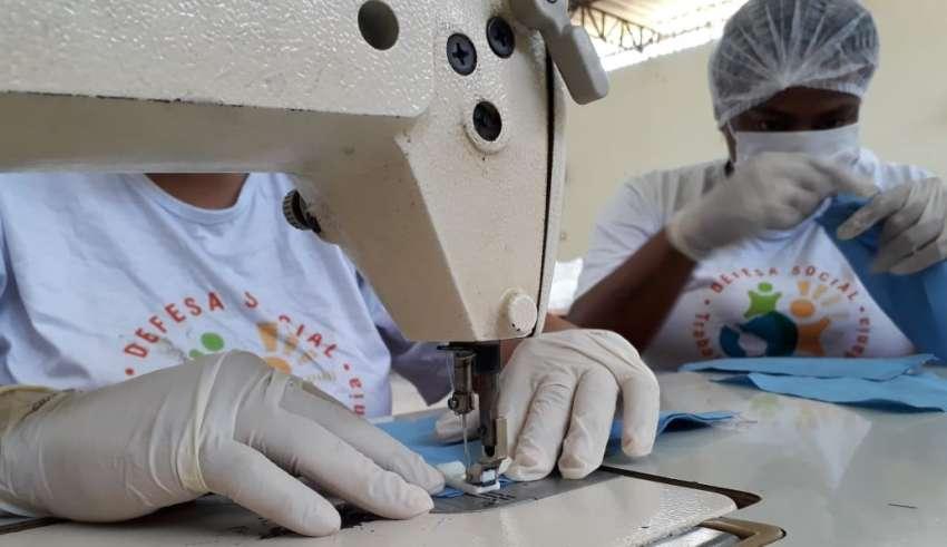 detentos minas fabricam máscaras