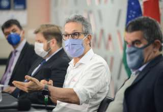 Zema ajuda Bolsonaro estados