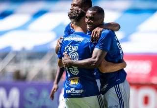 cruzeiro contra URT no retorno do Campeonato Mineiro