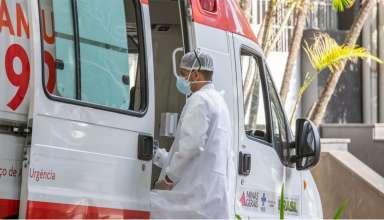 Médico em ambulância do Samu em BH