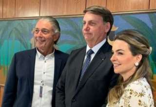 Sócios do Coco Bambu com o presidente Jair Bolsonaro