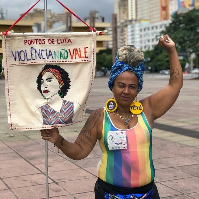 Sandra Muñoz em protesto