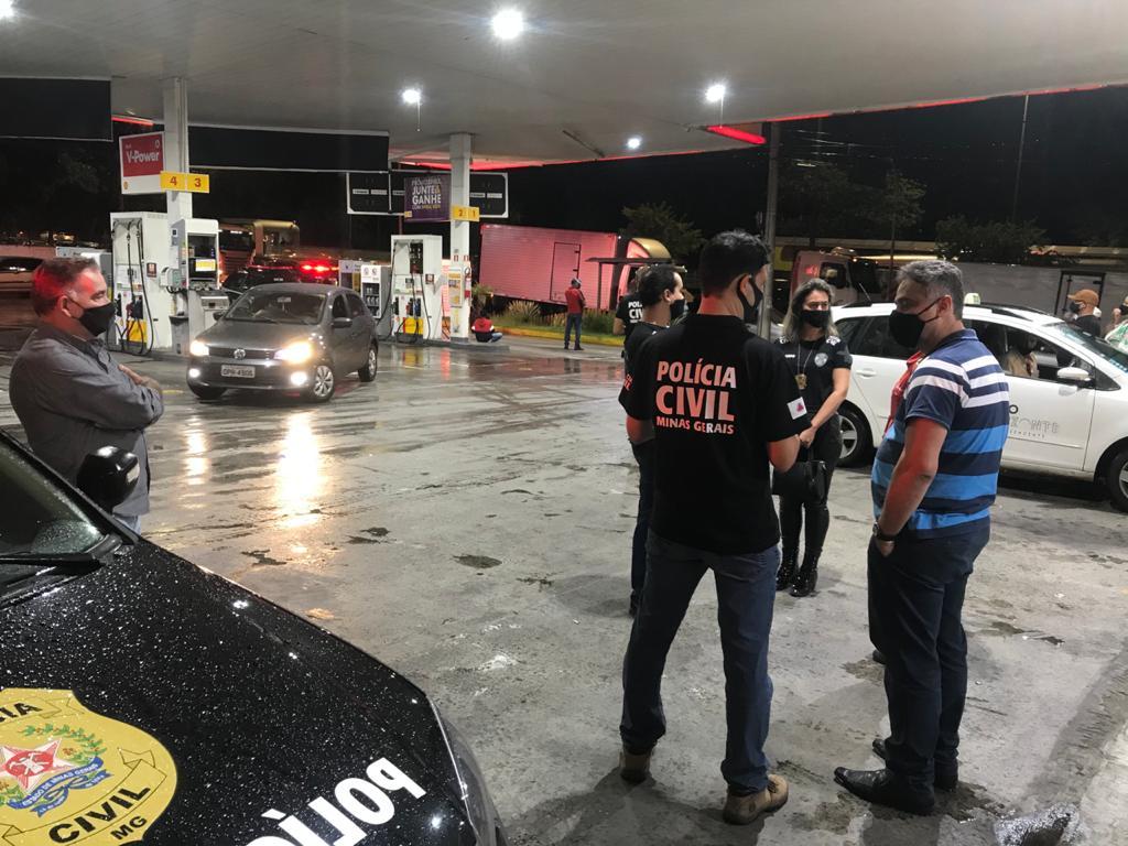 operação policia civil fake news aumento preço gasolina